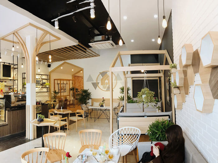 10- cafe mộc 1 - 10 mẫu & ý tưởng thiết kế quán cafe nhỏ giá rẻ đẹp nhất 2019