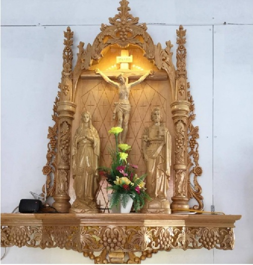 4- Nguyên tắc thiết kế bàn thờ Chúa trong phòng khách cần lưu tâm