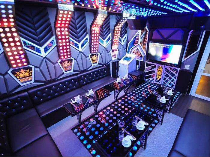 2- Hốt bạc nhờ 5 nguyên tắc trang trí nội thất quán karaoke
